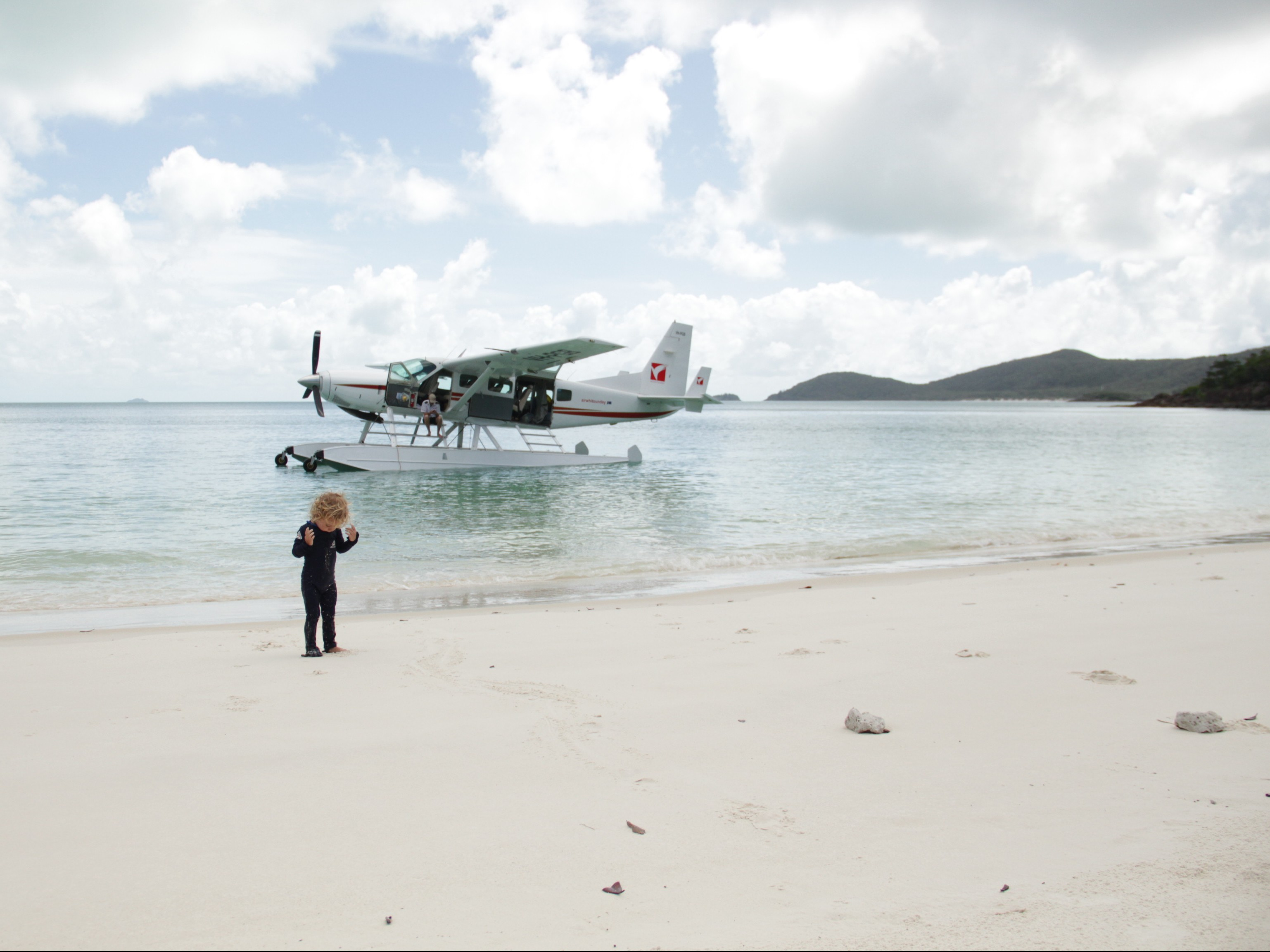 Waterplane Whitehaven Beach
